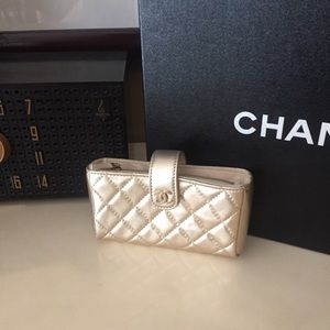 NEW NWT Authentic Chanel Coin Wallet Gold